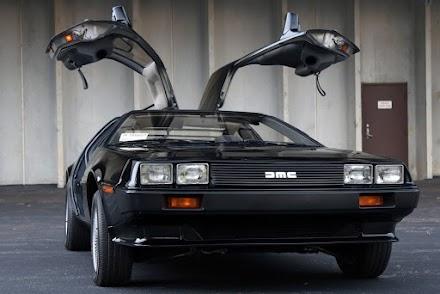 Ein schwarzer 1981er DeLorean DMC-12 | Ein absolutes Traumauto