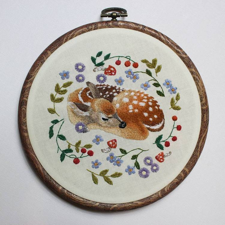 Lithuanian-based embroidery artist Jūra Gric