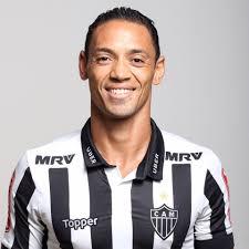 Notícias Gospel - Ricardo Oliveira conta sua trajetória na pregação do Evangelho no futebol