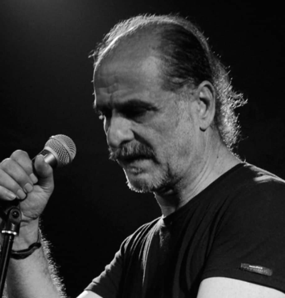 Βασίλης Πρατσινάκης Live στο Passalimani cafe στην Αρναία