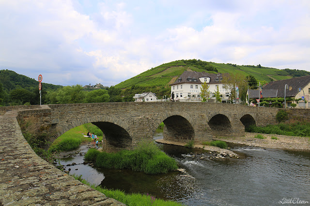 Stadtlandeltern - Wandern - Ahrtal - Rotweinwanderweg - Weinberge