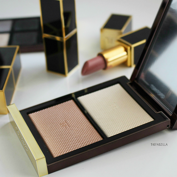 Tom Ford Skin Illuminating Powder Duo 01 Moodlight, review, swatch, tom ford lip color swatch twist of fate