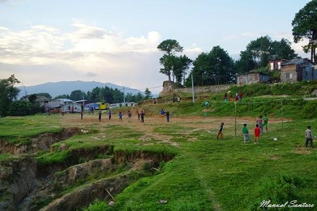 Nagarkot, campo di calcio