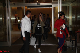 Deepika Padukone Spotted at Airport 11 March 2017 005.JPG