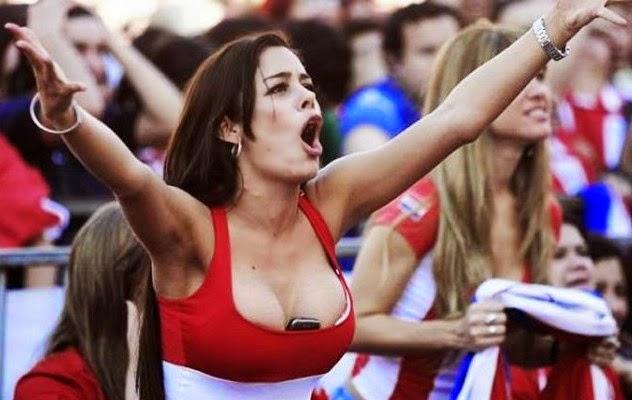 Bold Paraguay Female Fan