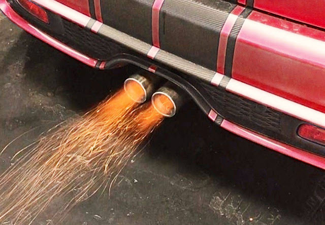 car-backfire-from-exhaust