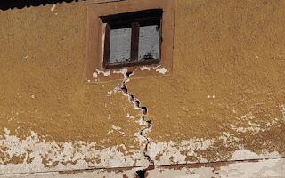 bina oturunca neden duvarlar çatlar