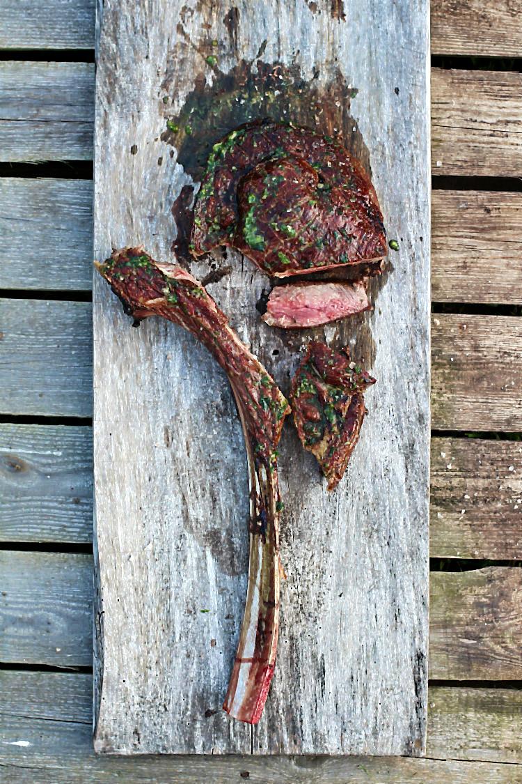 Tomahawk Steak Vom Grill In Der Gartenliebe Arthurs Tochter Kocht