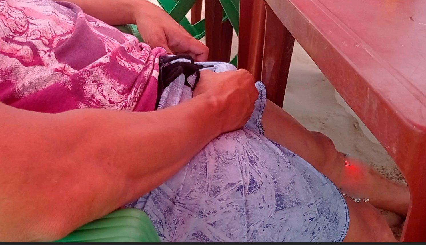 bulto en la playa