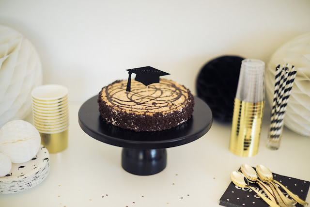 The Perfect Graduation Party Supplies by popular party planning blogger, The Celebration Stylist