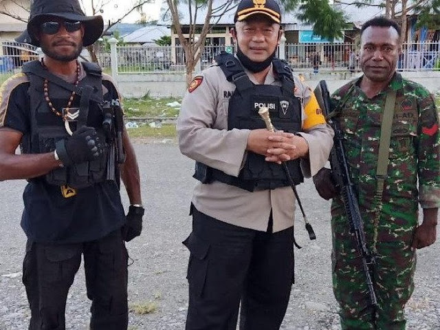 Rapat Pleno KPU di Yalimo Ricuh, 1 Anggota Polisi Kena Panah