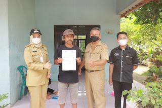 Labelisasi Rumah di Desa Wonopringgo Tanpa Kericuhan