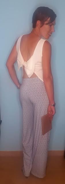 outfit blusa lazo