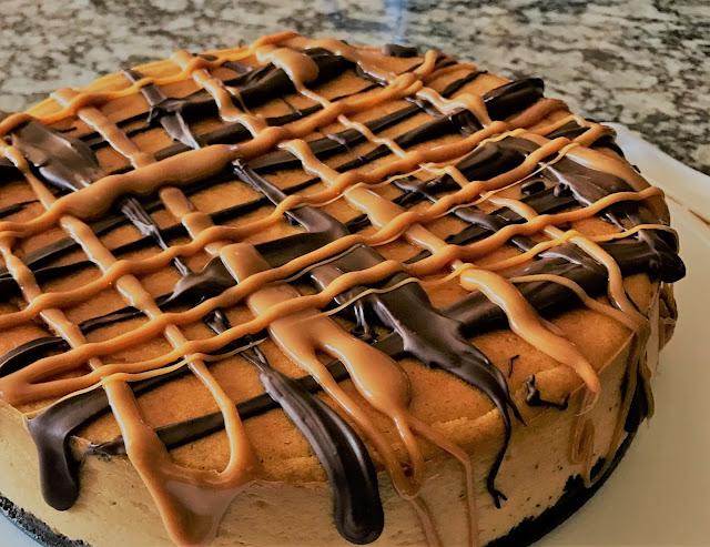 How to Make Oreo Cheesecake Pumpkin