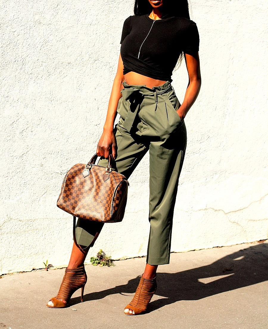 crop-top-sac-speedy-louis-vuitton-pantalon-carotte