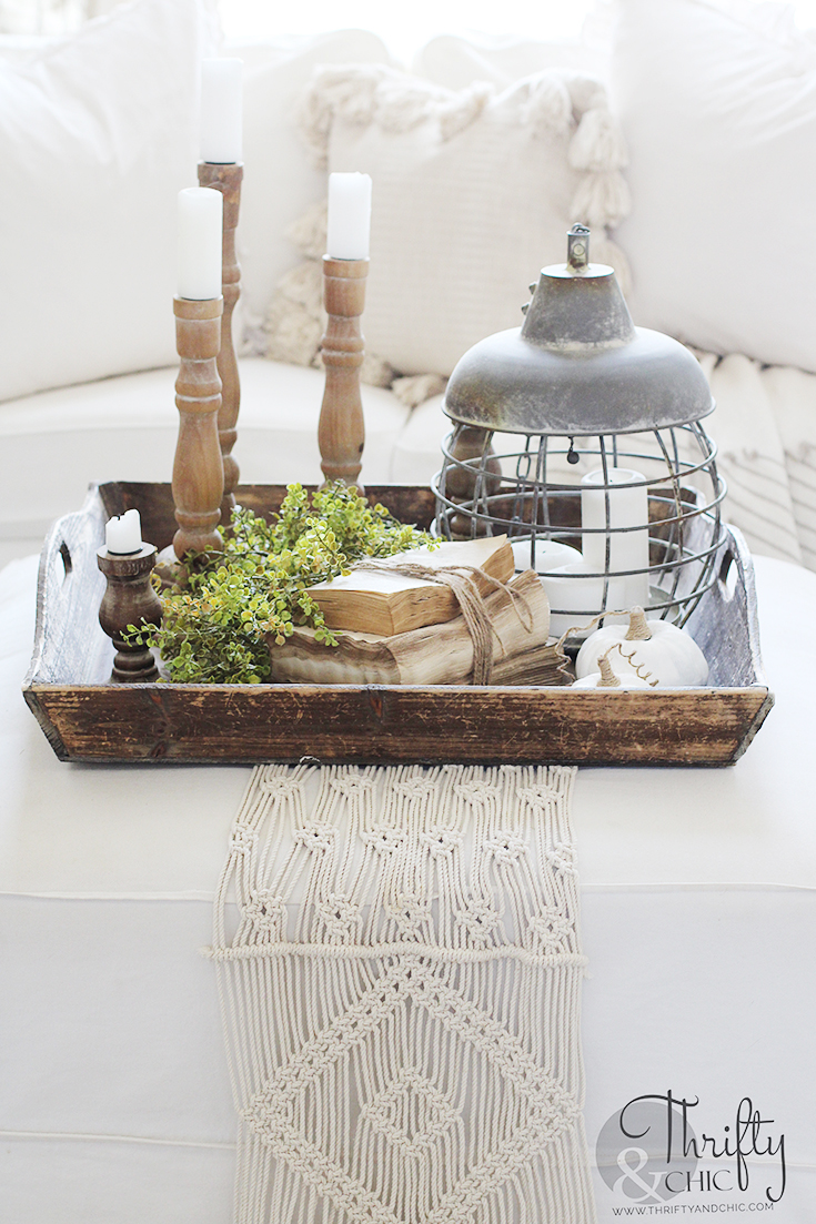 Neutral fall decorating ideas for the home, fall decor inspiration, fall decor, fall decor ideas, diy fall decor, fall mantle decor, fall mantel decor