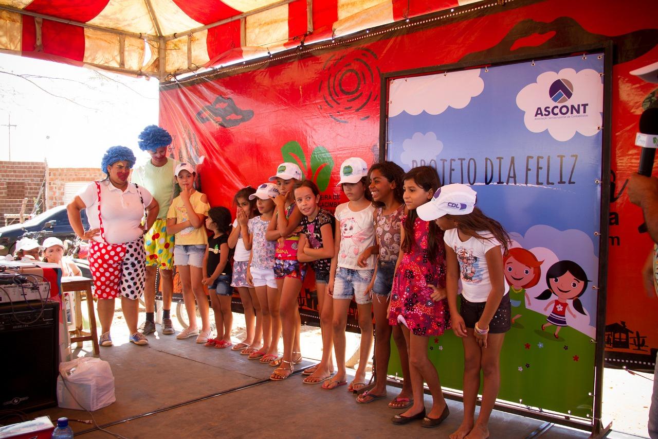 478231b077 PROJETO DIA FELIZ FAZ A FESTA DA CRIANÇADA NA FEIRA DE CACIMBA DE BAIXO