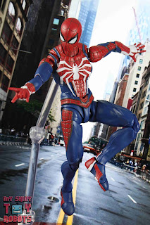 S.H. Figuarts Spider-Man Advanced Suit 02