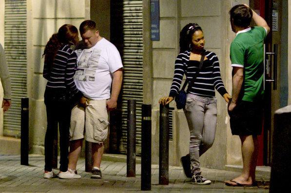 prostitutas desnudas en la calle prostitutas holanda