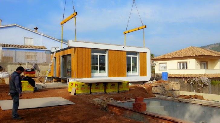 locales se minimiza la huella ecolgica de la vivienda y el hecho de utilizar pinturas y materiales de bajas emisiones la clasifican como una casa
