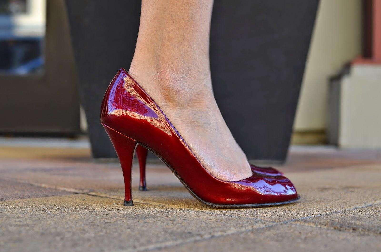 Maroon Stuart Weitzman Peep Toe Heels