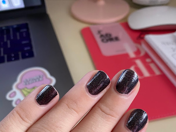 """Manicure Monday: Essie """"Payback's A Witch"""""""