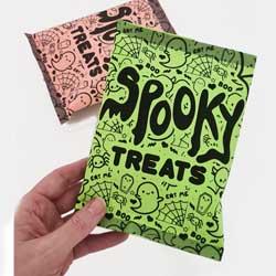 Spooky Halloween chip packet paper DIY free printable