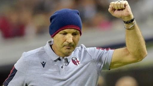 Μιχαίλοβιτς: <<Σοκ για τους ποδοσφαιριστές όταν αγωνιστούν σε γεμάτα γήπεδα