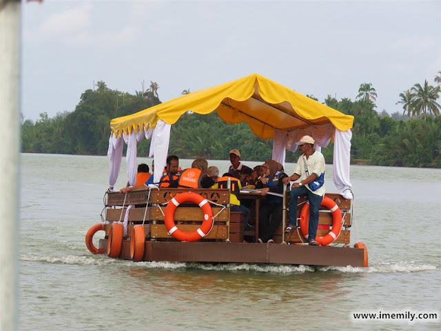River cruising @ Besut