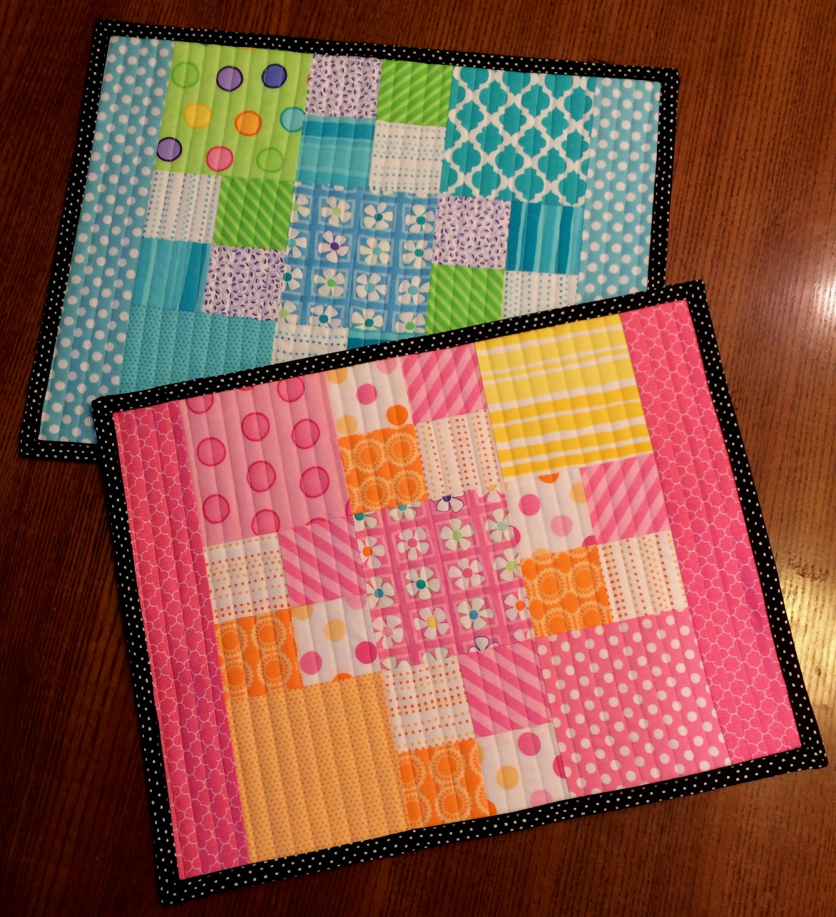 Happy Quilting: Charm Pack Placemats!!! : happy quilting - Adamdwight.com