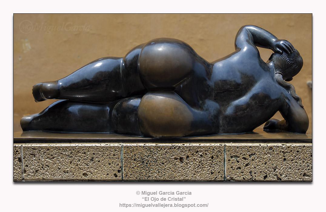 Fernando Botero. Gertrudis.- Mujer Reclinada 92.