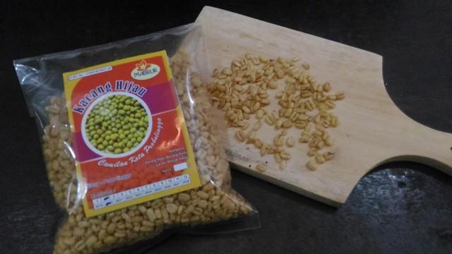 Snack kacang hijau pilihan keluarga