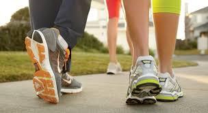 فوائد المشي لمدة نصف ساعة يومياً