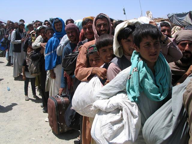 THẢM CẢNH TẠI SÂN BAY KABUL, AFGHANISTAN - LUẬT TÂN SƠN