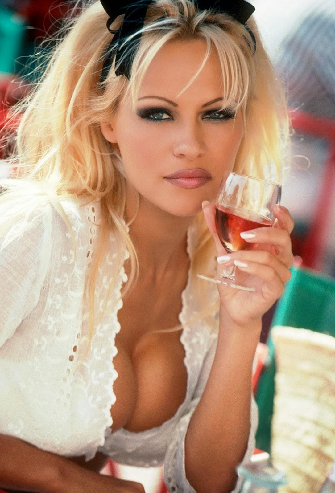 sexy nude girls pamela anderson