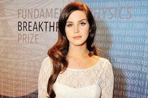 Lana Del Rey: 'I was close with many of the music industry'
