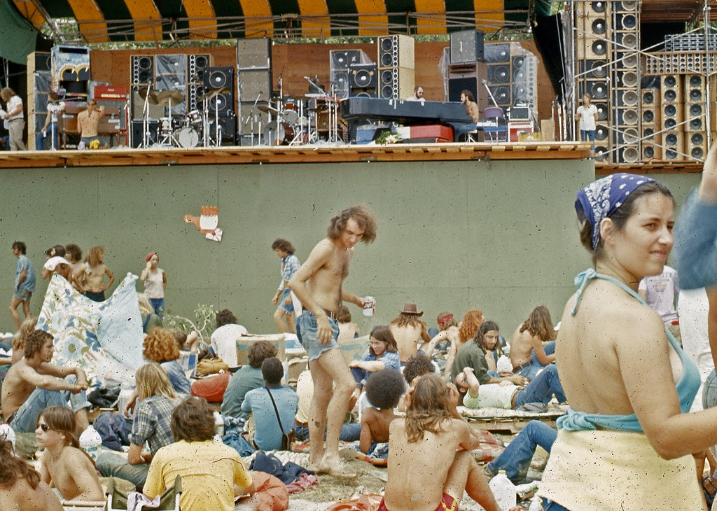 022f7b270b3c Cool Pictures of Fans at 1973 Summer Jam Rock Festival at Watkins Glen