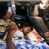 Satgas Yonif MR 413 Kostrad Bantu Evakuasi Warga Perbatasan Ke Rumah Sakit