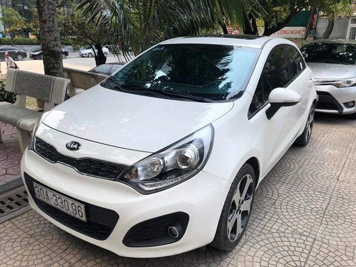 Xe cũ Kia Rio 5 cửa giá dưới 400 triệu đồng hấp dẫn khách Việt
