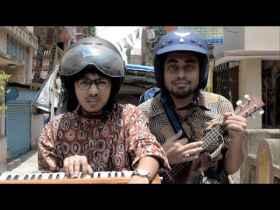 Moshader Chumu Song Lyrics