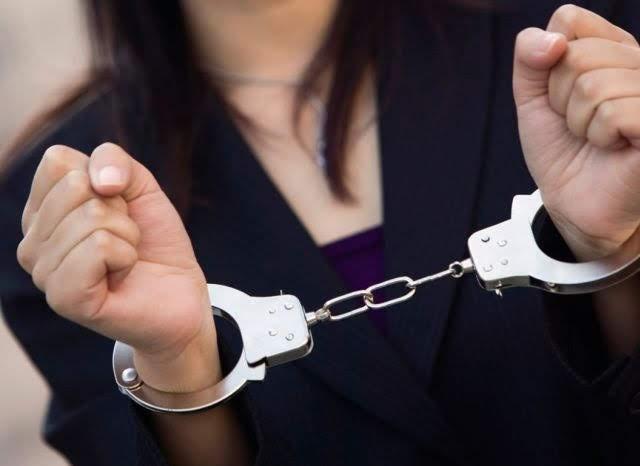 Συνελήφθη 31χρονη φυγόποινη στη Λάρισα