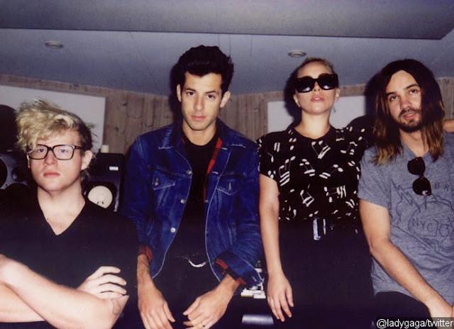 Mark Ronson habla de la producción del álbum Joanne de Lady Gaga