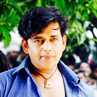 Ravi Kishan Photo - Ravi Kishan Wikipedia, Facebook Pics, Films, Wife, Family Image
