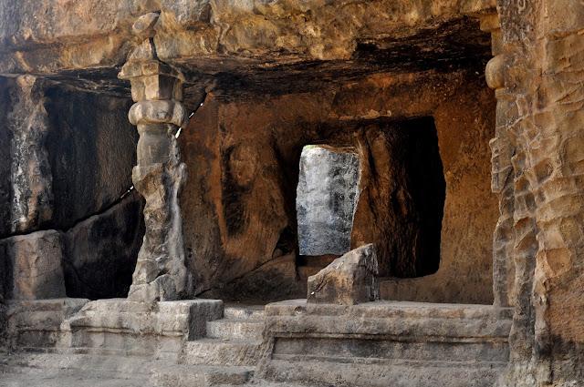Famous Caves of Chhattisgarh