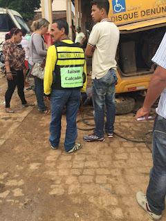 Mecânicos ficam feridos após ônibus cair sobre eles em Cuité