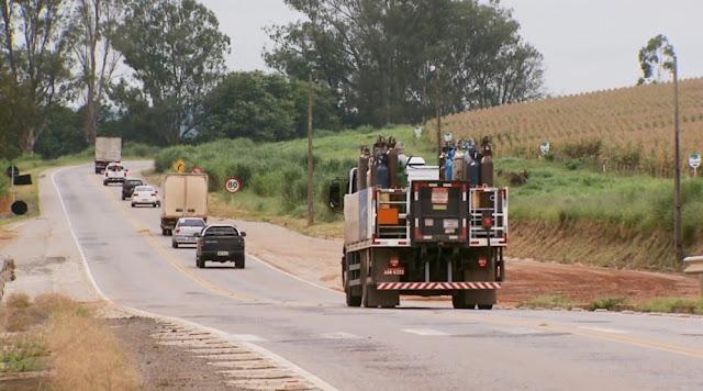 Produtores reclamam de baixo preço pago por terras entre Varginha e Três Corações (Foto: Reprodução EPTV)