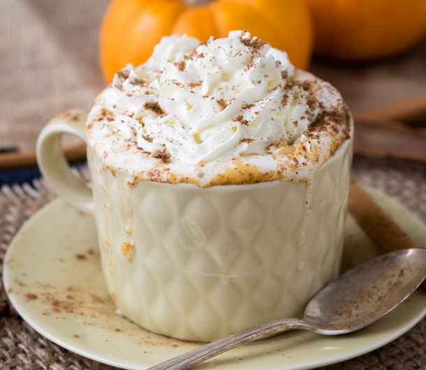 HOT PUMPKIN SPICE DRINK FOR ULTIMATE COZINESS (GF, VEGAN OPTION) #cofffee #milk
