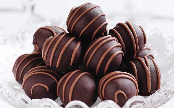 How to make chocolate cake balls