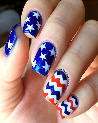 Design of perfect nails for the 4th of July
