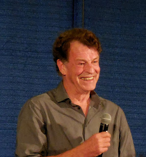 John Noble getting a laugh from one of his fans. Shore Leave 38, Hunt Valley, MD.